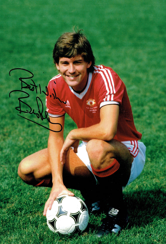 Bryan Robson - Manchester United - 12 x 8 Autographed Picture