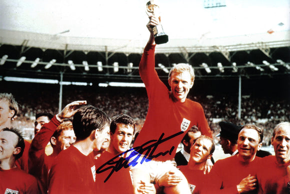 Geoff Hurst - 1966 World Cup Final - 12 x 8 Autographed Picture
