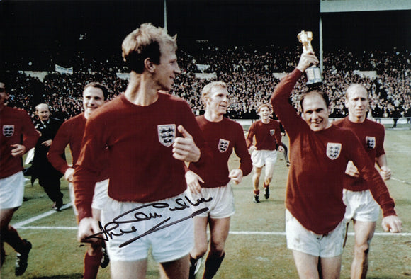 Jack Charlton - England - 1966 World Cup Final - 12 x 8 Autographed Picture
