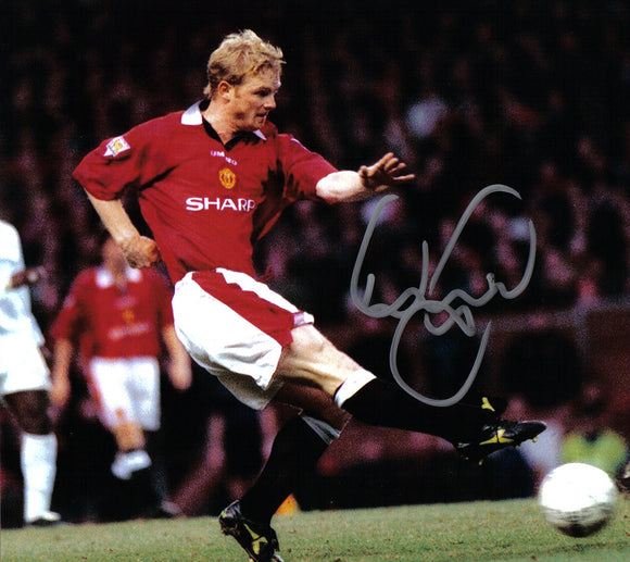 David May - Manchester United - 10 x 8 Autographed Picture