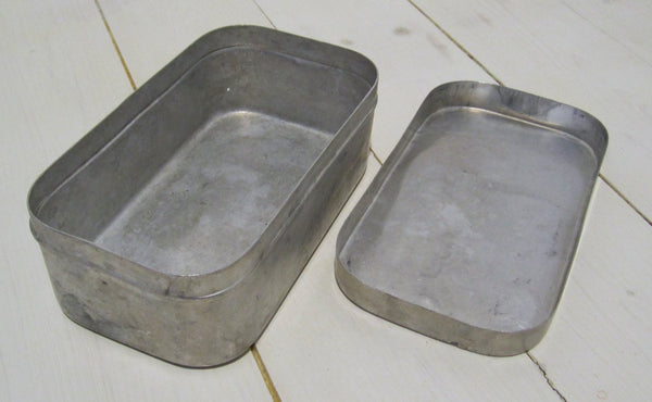 Lunch box in aluminum, usedFloby Överskottslager