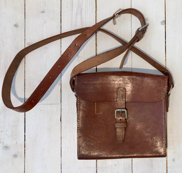 "Shoulder bag in leather ""2"" -Floby Överskottslager"
