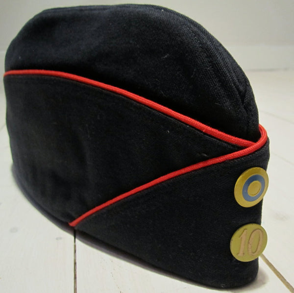 Marine cap navy blue with red border, used in good conditionFloby Överskottslager