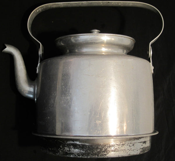 Coffee pot in aluminumFloby Överskottslager