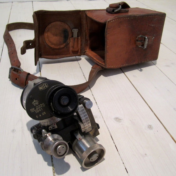 M/36 directional tool for machine gun in leather case with shoulder strap, used-Floby Överskottslager