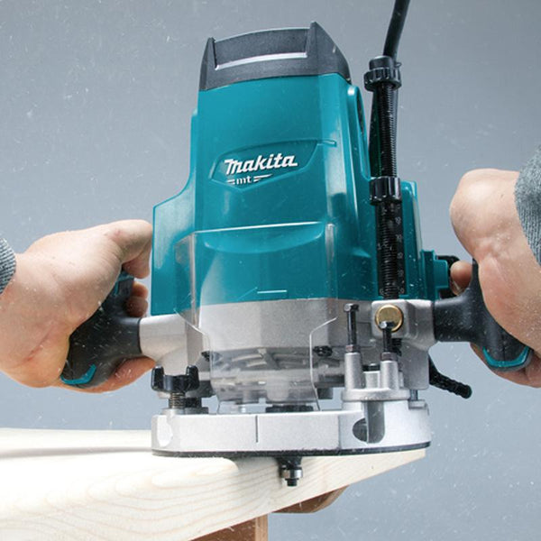 makita tools,  makita angle grinders,  makita drill machines,  makita tools kit,  makita power tools,  makita hand tools,  makita cutting blade,  makita online price,  makita 4inch & 5inch & 7inch angle grinder,  makita jig saw machine.
