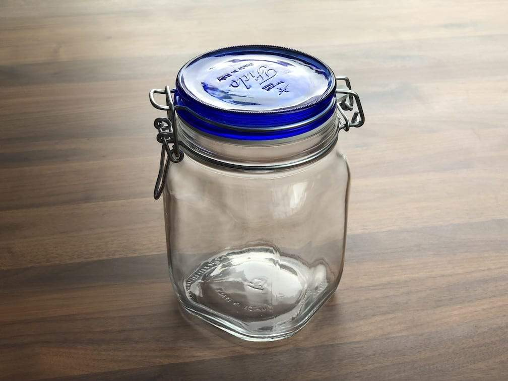 Glass jar with blue lid 1000ml bpa free