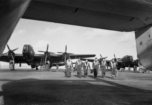Aircrew and Handley Page Halifax Mk III bombers of No. 502 Squadron operating with RAF Coastal Command at Stornoway, in the Outer Hebrides, February 1945.
