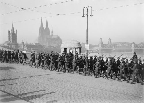 The 1st Battalion Grenadier Guards crossing the Rhine after a route march, Cologne, 8th January 1919.