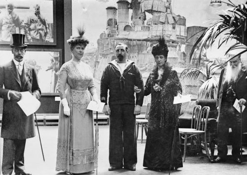 Their Majesties the King and Queen, Queen Alexandra, Sir Deighton Probyn and Petty Officer Ernest Pitcher, V. C., H. H. at the private view of the Exhibition of Naval photographs at Princes Galleries, Piccadilly, 21st July 1918.