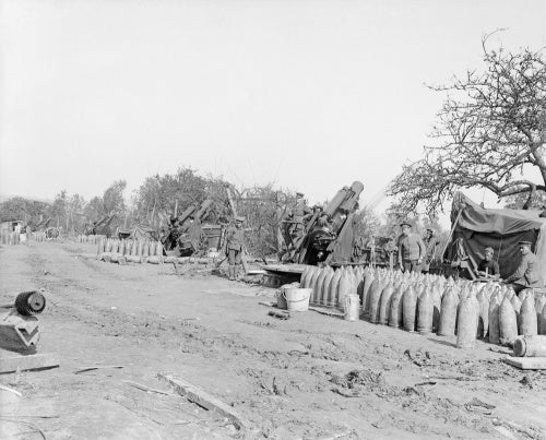 9.2 inch howitzers of the 148th Siege Battery, RGA at Maricourt, September 1916.