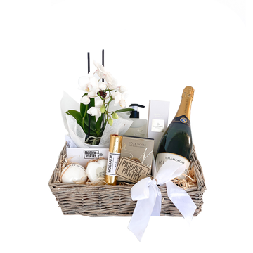 Mothers Day Golden Gift Basket