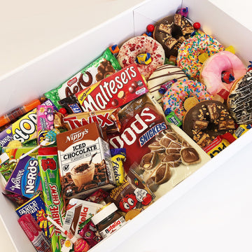 Ultimate Snack Box