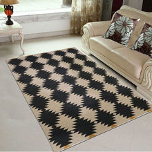 Cuadrado - The checkered indoor area rug