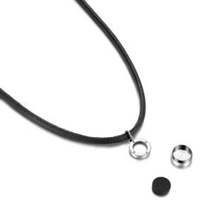 Magnetic Pure Black Aroma Necklace