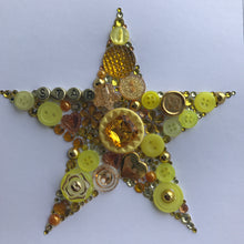 Load image into Gallery viewer, Sparkly star framed button art. Gold