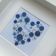 Load image into Gallery viewer, Mum personalised button art heart framed picture.