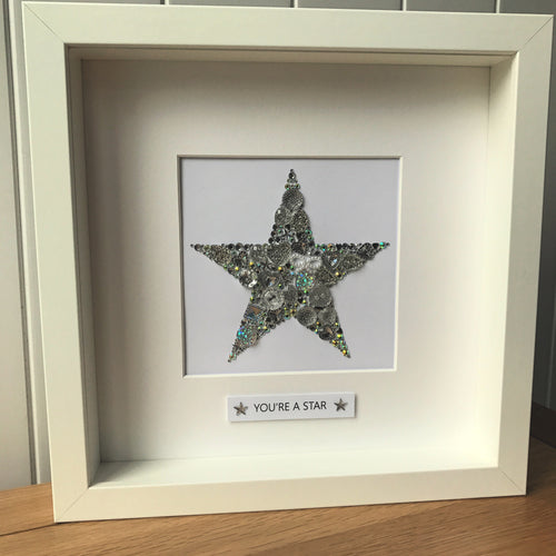 Sparkly star framed button art. Silver.