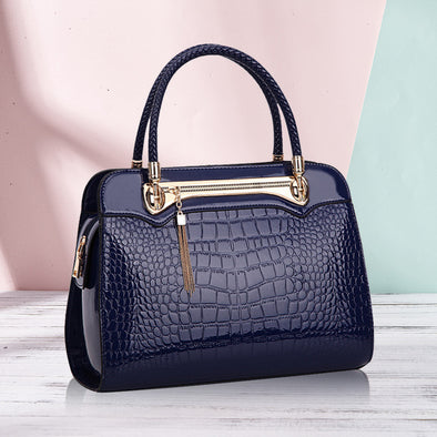 Dating Lady's Handbag - Shelark