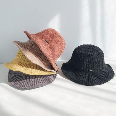 Warm Lady's Bucket Hat - Shelark