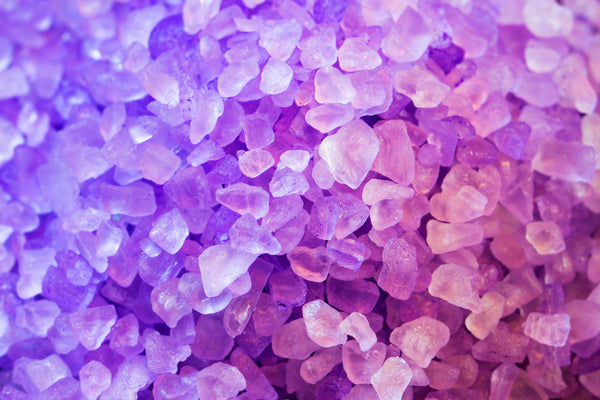 ULTRAVIOLET GEMSTONES: THE MAGICAL JEWELLERY TREND