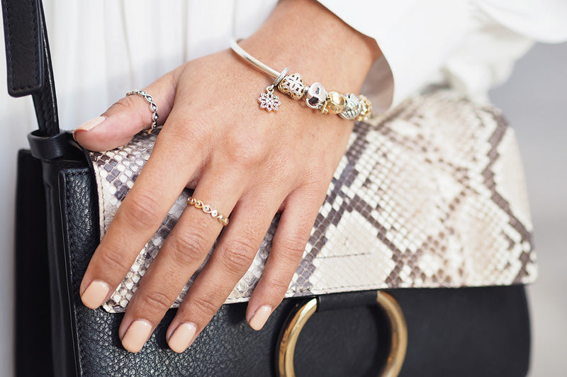 Blogger wearing gold and silver Pandora jewellery