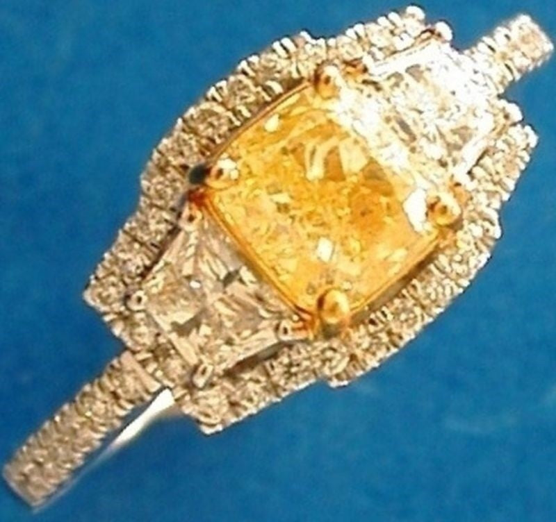 18ct Yellow & White Gold Yellow Diamond Cluster Ring