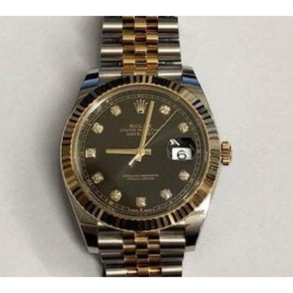 Pre-Owned Rolex Datejust 41 Watch 126333 dial close up