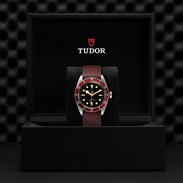 Tudor Black Bay Watch Burgundy Bezel & Fabric Strap 41mm M79230R-0009 Presentation Box