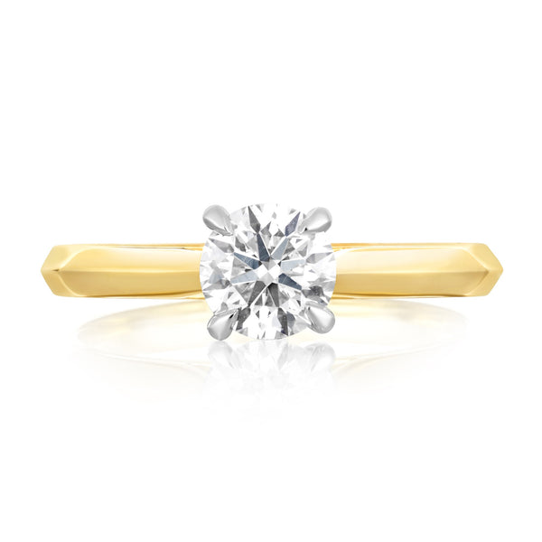 Yellow gold ring with large diamond