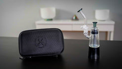 XVAPE Vista Mini 2 Vaporizer and carrying case