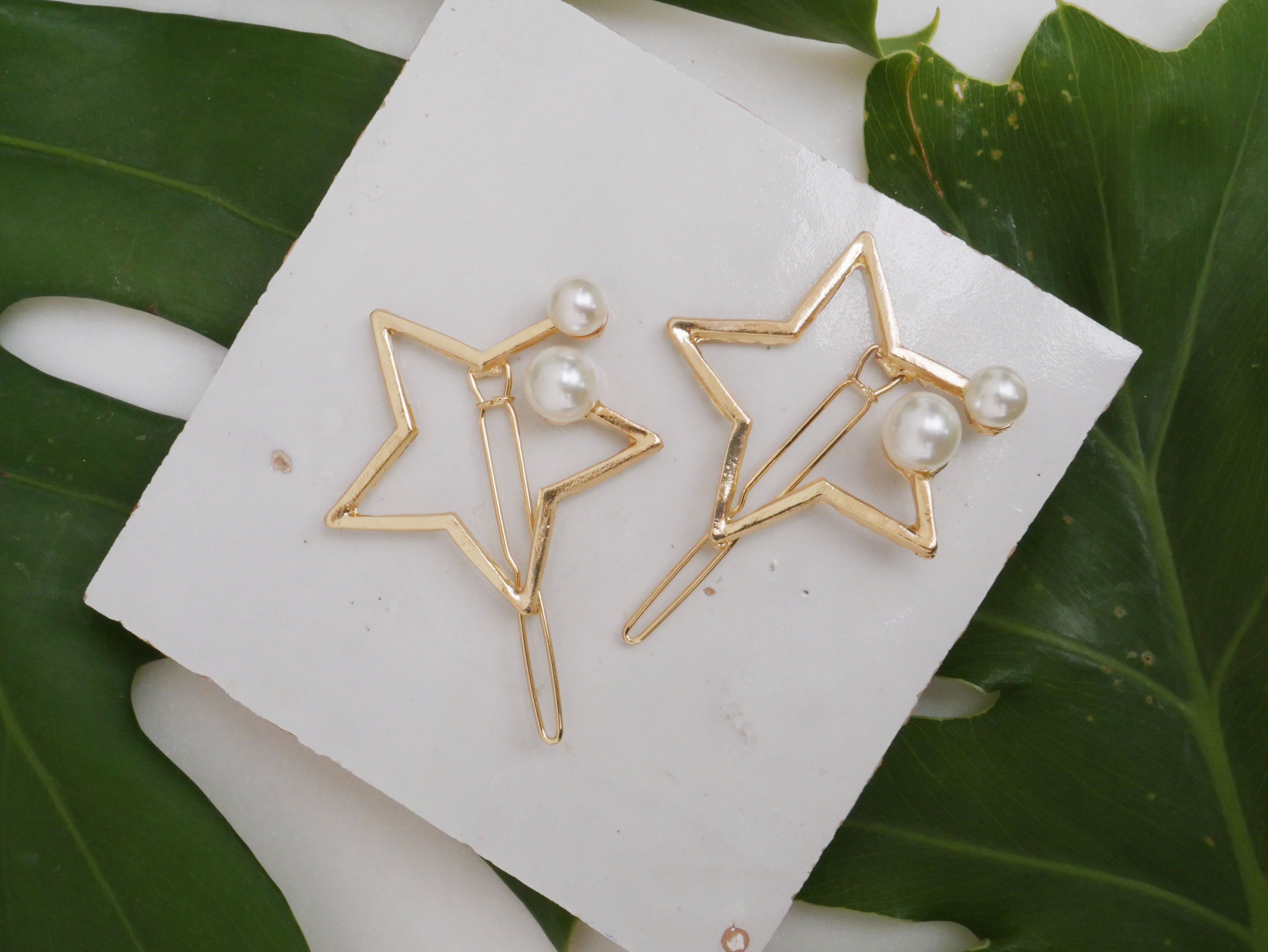 Star Pearl Barrette - The Beach Bride by Chic Parisien, a destination for beach weddings, bachelorettes and honeymoons