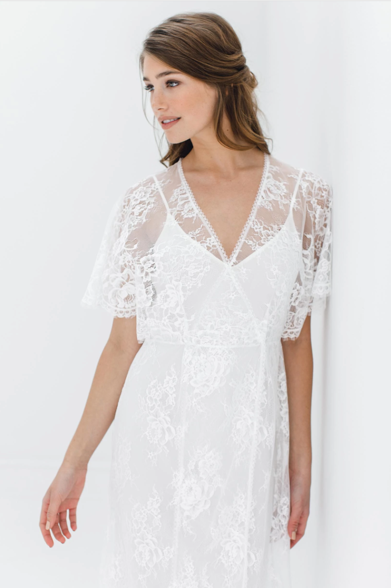 Anita Midi Lace Robe with Fluttered Kimono Sleeves - The Beach Bride by Chic Parisien, a destination for beach weddings, bachelorettes and honeymoons