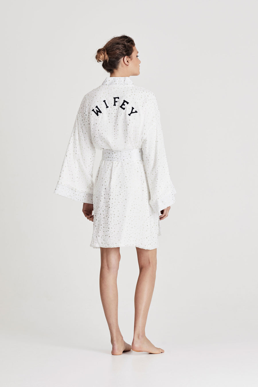 Wifey Robe by Chosen by One Day - The Beach Bride by Chic Parisien, a destination for beach weddings, bachelorettes and honeymoons