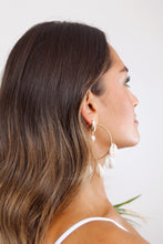 Load image into Gallery viewer, Kauai Shell Hoop Earrings - The Beach Bride by Chic Parisien, a destination for beach weddings, bachelorettes and honeymoons