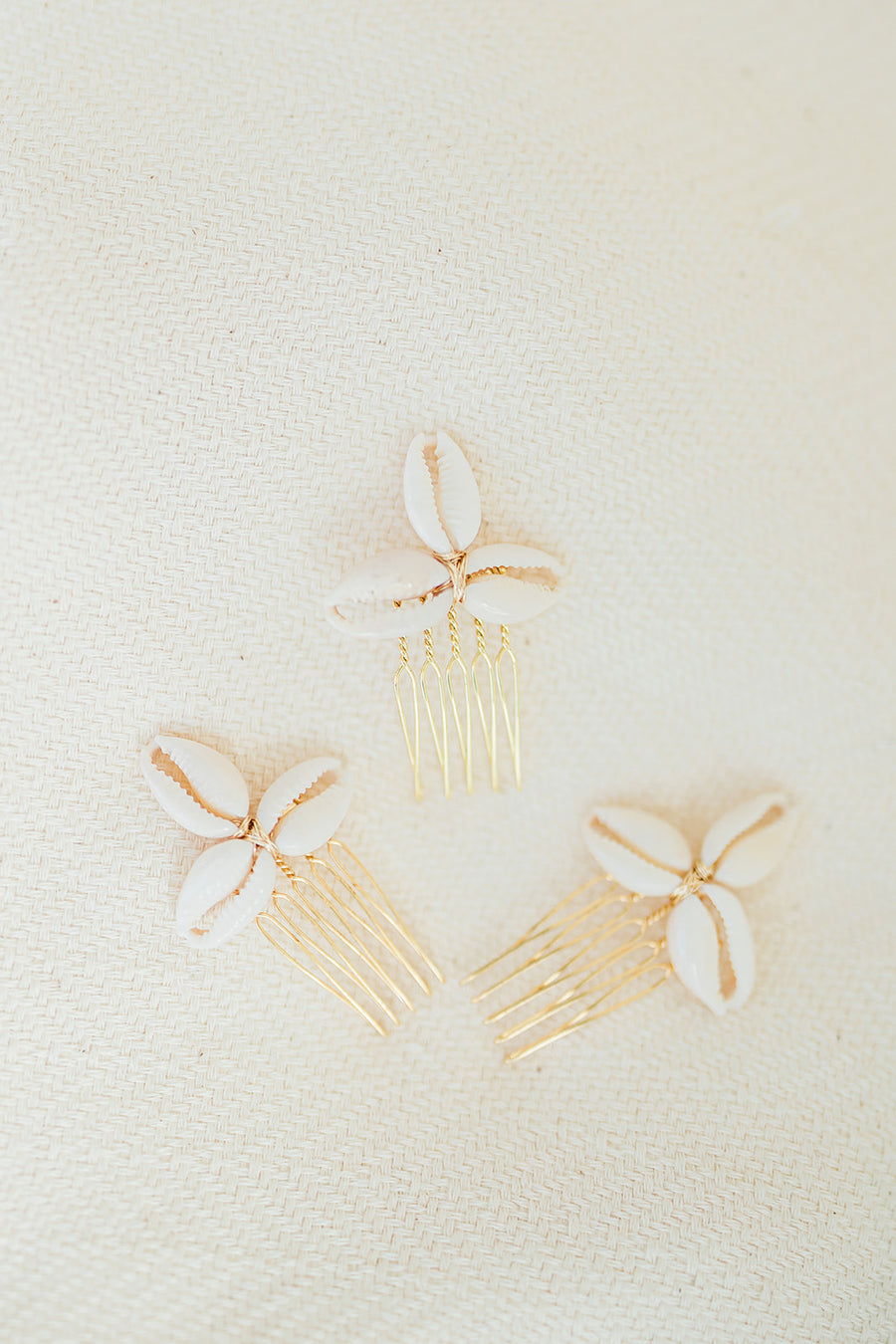 Seashell Flower Comb Set