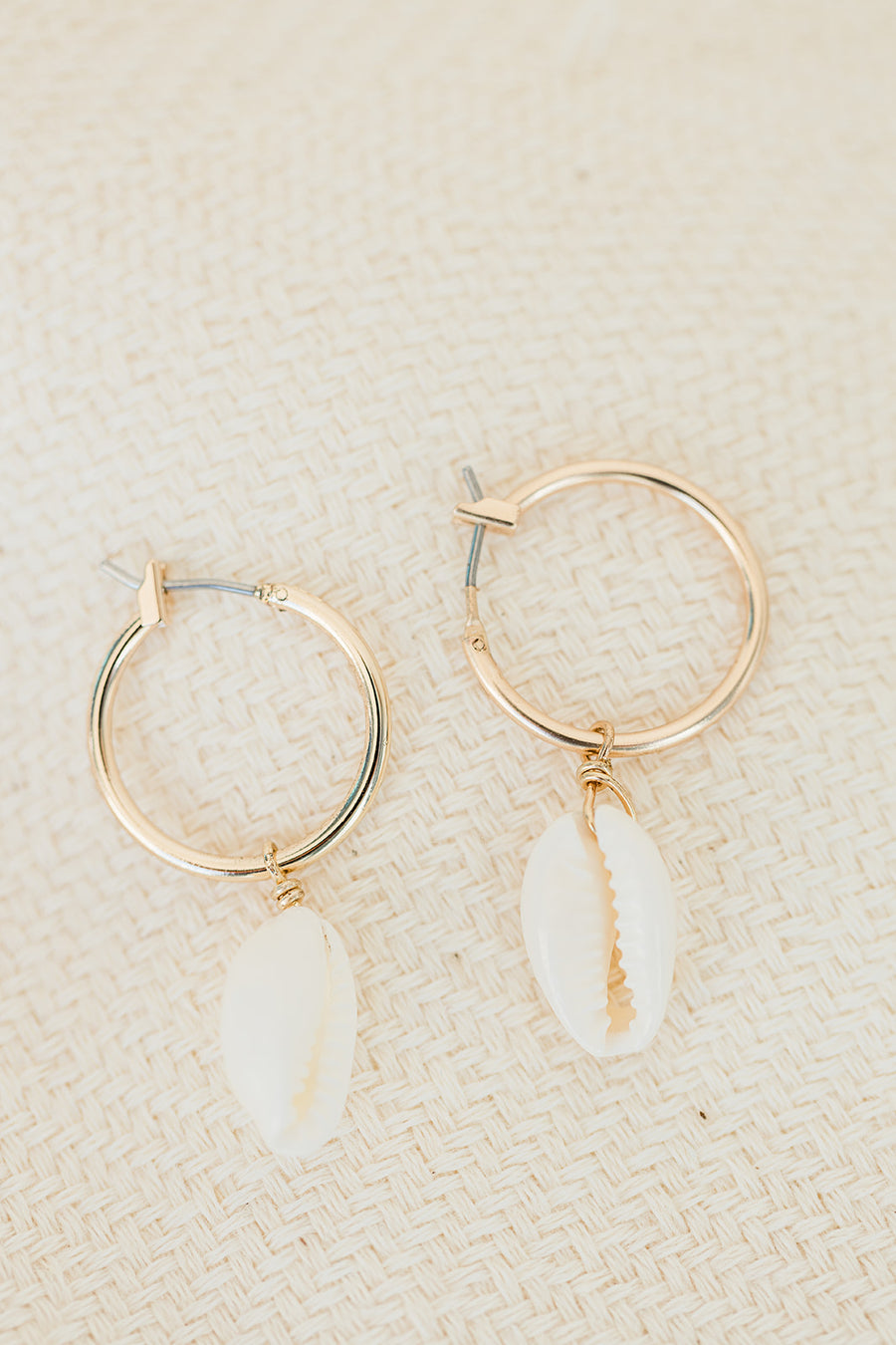 Harbour Island Shell Small Hoop