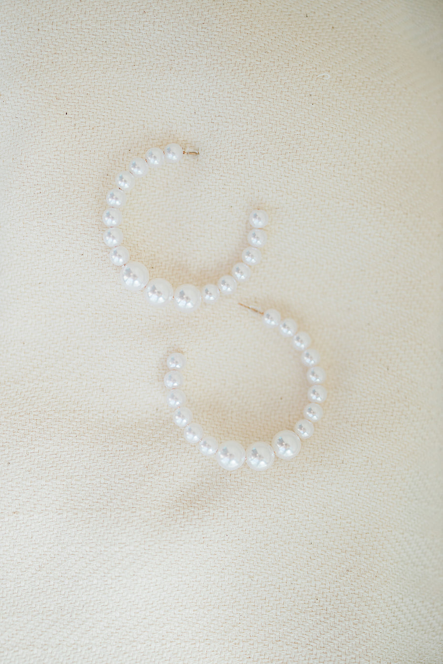 Turks and Caicos Medium Pearl Hoop Earring - The Beach Bride by Chic Parisien, a destination for beach weddings, bachelorettes and honeymoons
