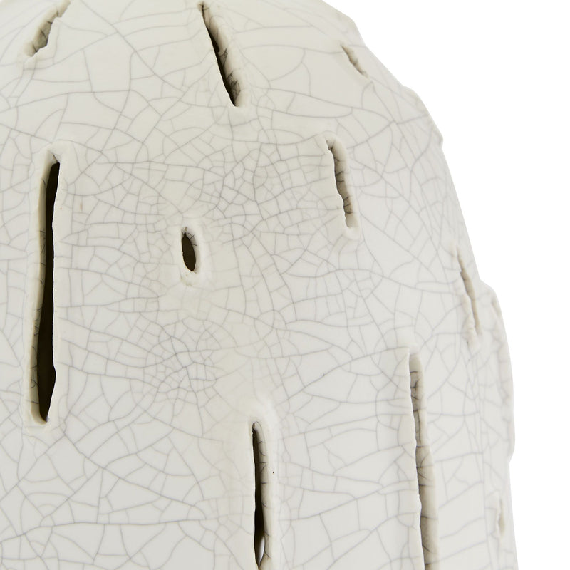 crown and birch grove table lamp detail