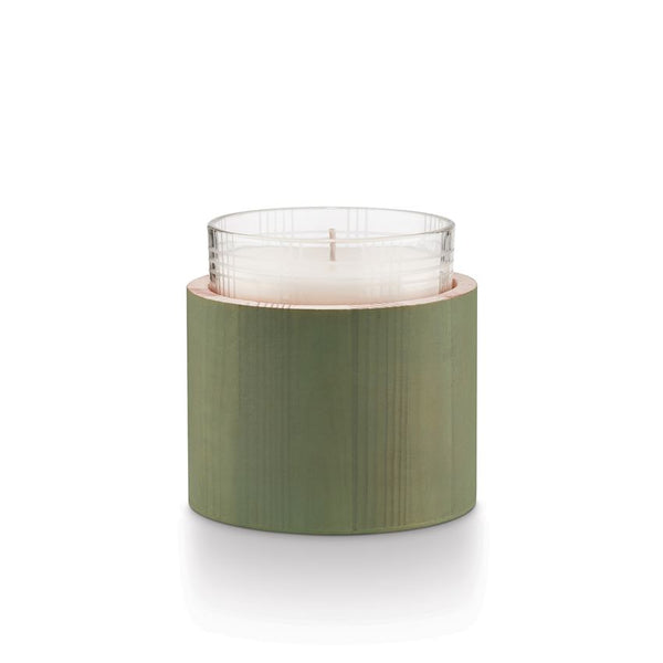 crown and birch illume good cheer glass candle juniper moss front