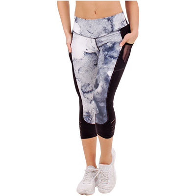 Marble Sublimated Capri Leggings With Pockets