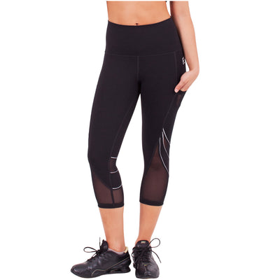 Waves Sports High Waist Capri Leggings With Side Pocket