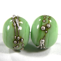 Handmade Lampwork Glass Beads, Grasshopper Green Silver Shiny 213gfs