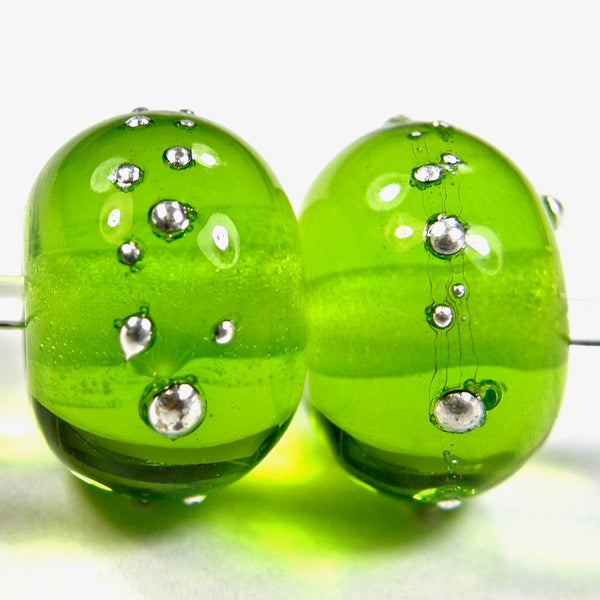 Handmade Lampwork Glass Beads, Medium Grass Green Silver Shiny 022gfs