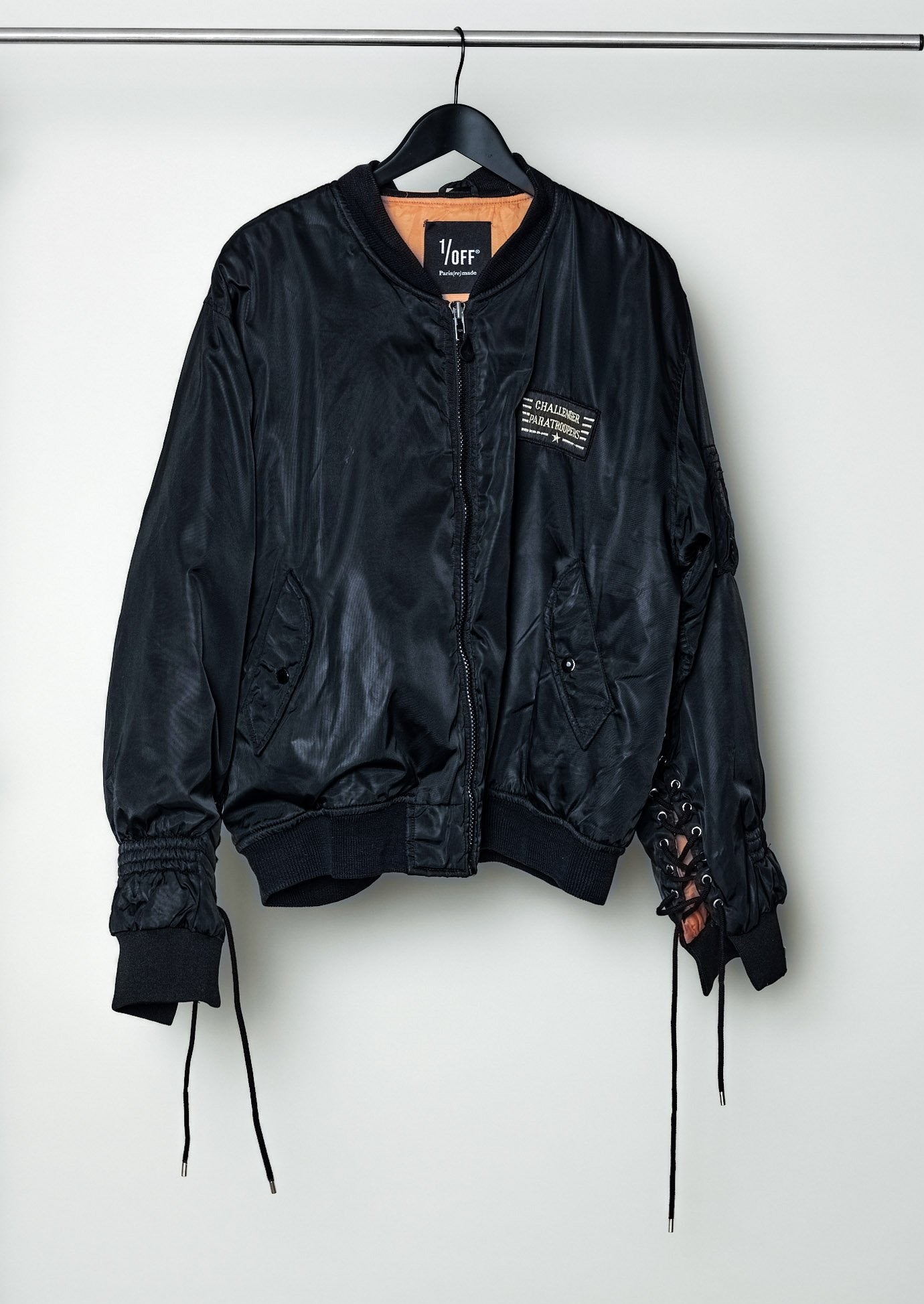 Bomber Strings 02 {M/L}