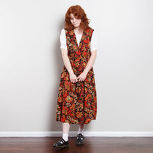 Load image into Gallery viewer, 70s/80s Red Midi Floral Dress