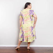 Load image into Gallery viewer, 80s/90s Green Floral Midi Dress