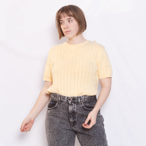 80s/90s Pastel Yellow Sweater