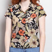 Load image into Gallery viewer, 90s Floral Button Up Blouse
