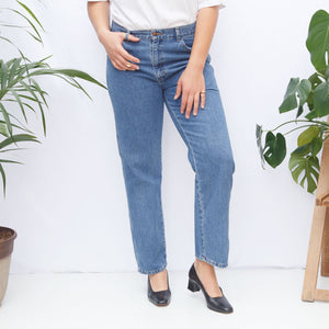 90s Medium Wash Mom Jeans
